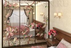 №47. Шкаф витраж на зеркале  Цена: 68 800 руб