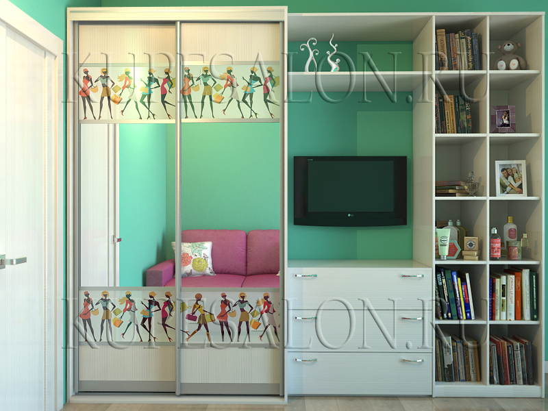 красивый зеркальный шкаф купе с детским рисунком