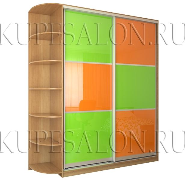 интересный дизайн небольшого шкафа купе с цветным стеклом