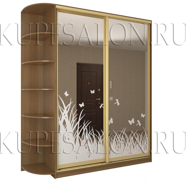 недорогой шкаф купе с изящным пескоструйным рисунком на фасаде