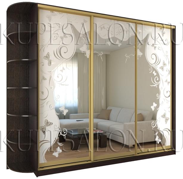трехдверный пескоструйный шкаф купе в гостиную фото