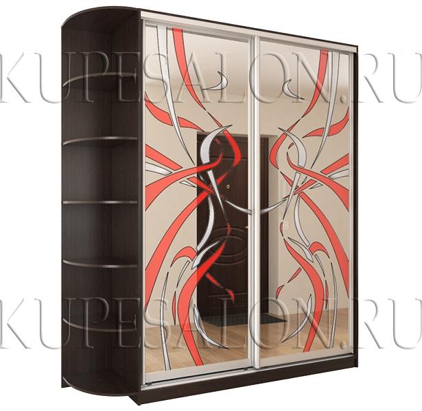 пример небольшого зеркального шкафа купе с витражами