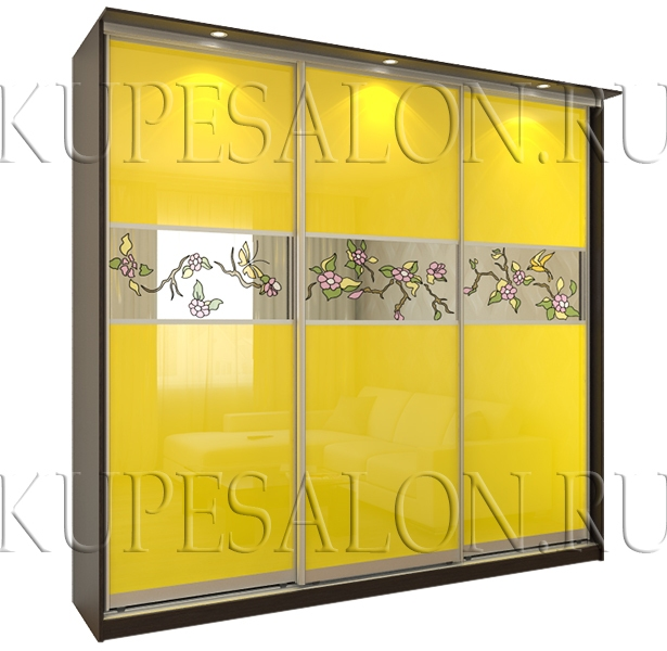 вместительный стильный шкаф купе с витражами и оракалом