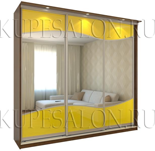 зеркальный трехдверный шкаф купе в гостиную на заказ